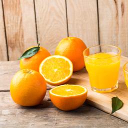 Taze portakal suyu
